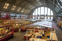 Centrāltirgus ceļotājas acīm: neticami liels tirgus ar apbrīnojamu augļu un dārzeņu piedāvājumu