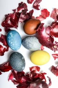 5 dabīgas krāsvielas Lieldienu olām